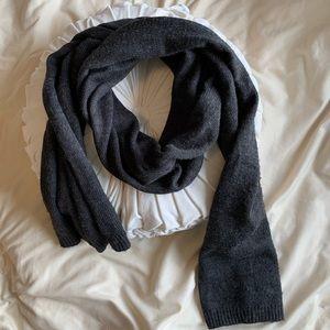 Dark gray Merona brand scarf